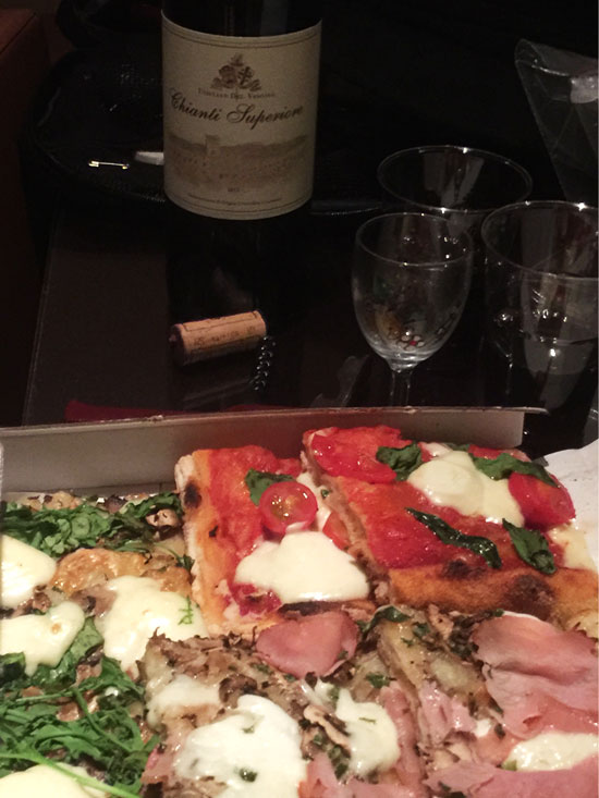 Pizza-and-wine-take-out